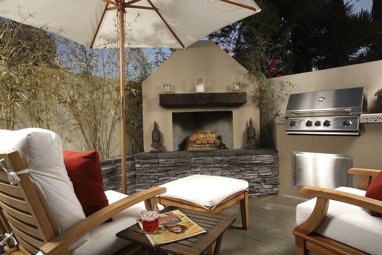 Why Building an Outdoor Space Should Be the Next Home Renovation