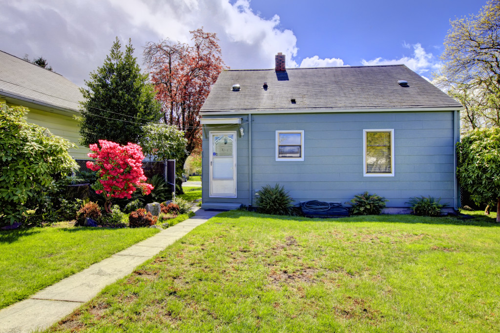 small house with yard